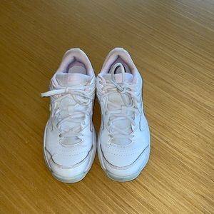 Nike court lite 2 sneakers size 7